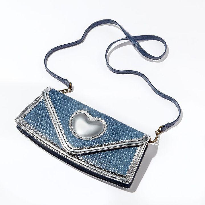 Vera Wang Princess lucy metallic heart clutch