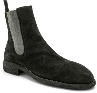 Guidi Suede Chelsea Boots in Black | FWRD