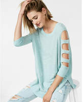 Express cut-out shoulder tunic