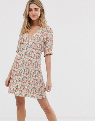 Nobody's Child button front tea dress in floral-Yellow