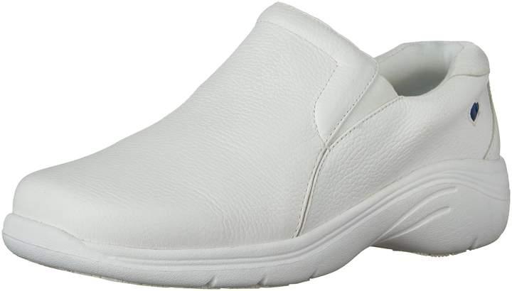 Nurse Mates Women's Dove Non-Slip Performance Shoe