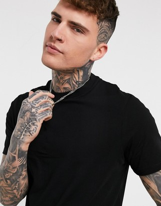 ASOS DESIGN longline t-shirt with crew neck and side splits in black