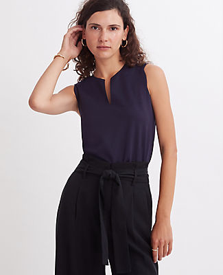 Ann Taylor Scalloped Keyhole Shell Top