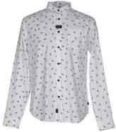 Globe Shirt