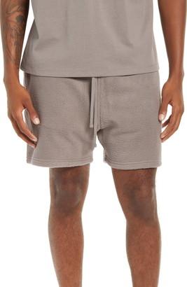 FEAR OF GOD ESSENTIALS Drawstring Fleece Shorts