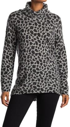 Magaschoni Leopard Print Turtleneck Cashmere Sweater