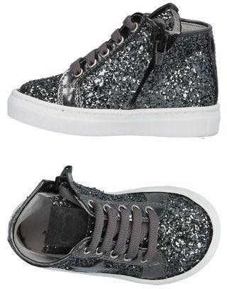 Nanán Low-tops & sneakers
