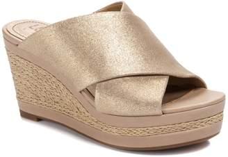 Lucca Lane Debbi Wedge Sandal