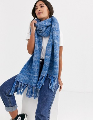 Asos Design DESIGN mixed knit fluffy scarf with tassels-Blue