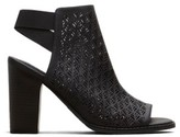 Kenneth Cole New York Reaction Kenneth Cole Kay Fly Laser-Cut Stacked Heel - Women's - Black