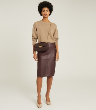 Reiss REAGAN LEATHER PENCIL SKIRT Berry