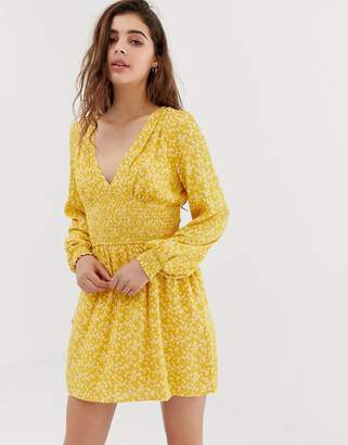 Wild Honey long sleeve tea dress with shirring in floral-Yellow