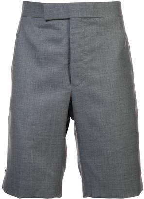 Thom Browne Classic Backstrap Short In Medium Grey Super 120's Twill
