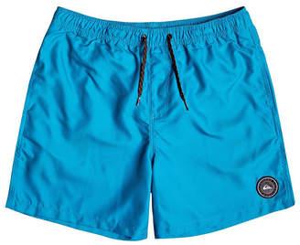 "Quiksilver Men Everyday Volley 17"" Board Shorts"