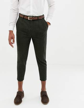 Twisted Tailor tapered fit pant with pleat in khaki herringbone-Green