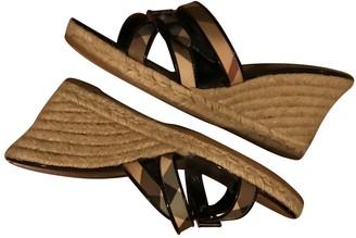 Burberry Beige Patent leather Espadrilles