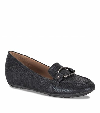 Bare Traps Kellye Loafer