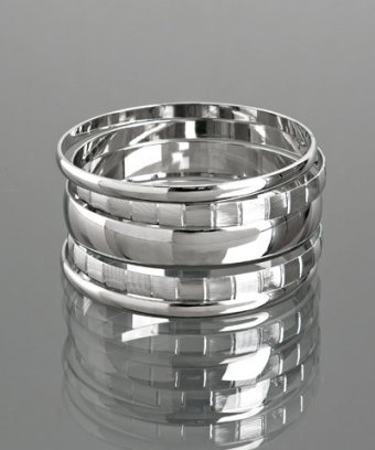 A.V. Max set of 5 - silver plated multiple bangles