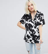 Reclaimed Vintage Inspired Short Sleeve Shirt In Cow Print
