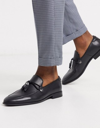 ASOS DESIGN loafers in black faux leather with tassel detail