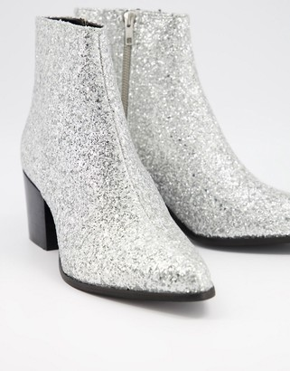ASOS DESIGN heeled chelsea boots with pointed toe in silver glitter