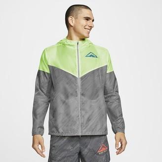 Nike Men's Hooded Trail Running Jacket Windrunner