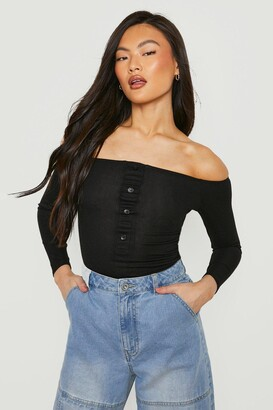 boohoo Bardot Rib Horn Button Long Sleeve Bodysuit