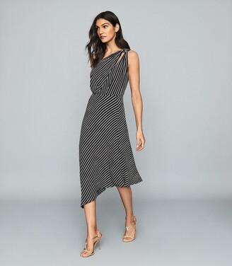 Reiss Della - Asymmetric Printed Dress in Black