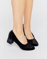 Boohoo Velvet Block Heeled Shoe
