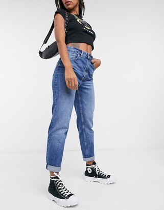Bershka mom jean in medium blue