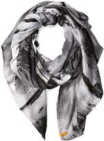 Lucy Women's Destination Everywhere Light Weight Scarf