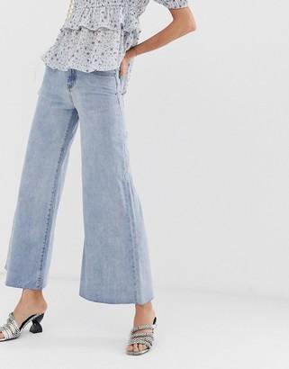 Lost Ink wide leg jeans in vintage wash-Blue