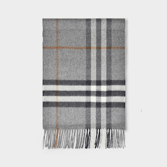 Burberry Giant Icon Scarf In Grey Cashmere
