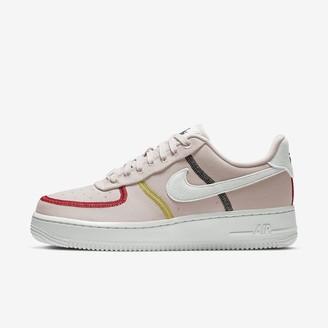 Nike Women's Shoe Force 1 '07 LX