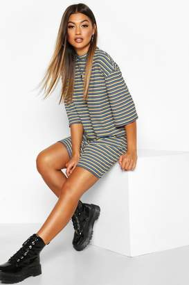 boohoo Multi-Colour Stripe Oversized T-Shirt Dress