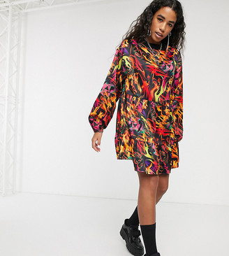 Collusion long sleeve smock mini dress in flame print