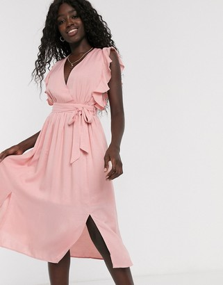 Glamorous skater dress with flutter sleeve in pale pink