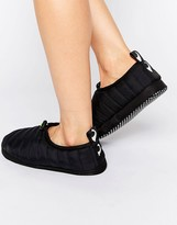 Monki Quilted Slipper
