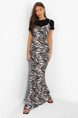 boohoo Printed Plisse Maxi Slip Dress And T Shirt