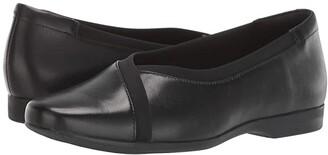 Clarks Un Darcey Ease (Black Leather) Women's Shoes