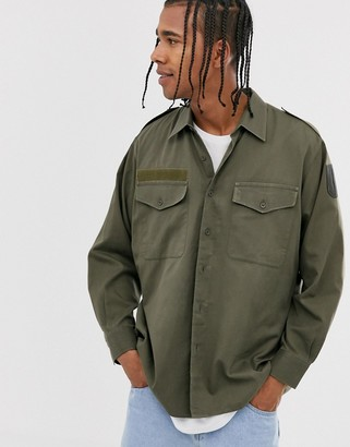 Vintage Supply military shirt in khaki with face print-Green