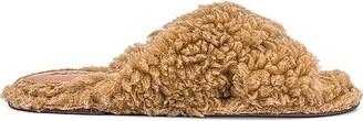 Schutz Dynora Fuzzy Slides
