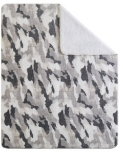 "Sean John Closeout! Camo 50"" x 70"" Boxed Throw Bedding"