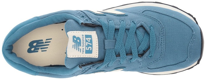 New Balance Classics - WL574 Women's Lace up casual Shoes