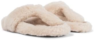 Aquazzura Relax Flat Footbed shearling slides