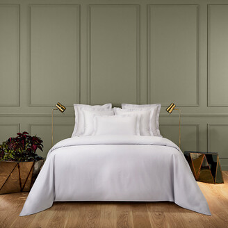 Yves Delorme Triomphe Sateen Duvet Cover - Silver - King