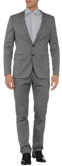 57 T Suit