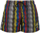 Fendi zig-zag print swim shorts - men - Polyester - 50