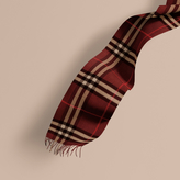 Burberry The Classic Cashmere Scarf In Check, Red