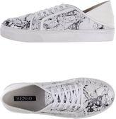Senso Sneakers